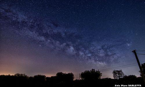 Cielo stellato sulla campagna cegliese